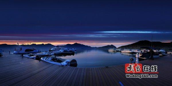 第三届中国武当国际摄影大展获奖作品(太极湖风光金质收藏):静谧太极湖