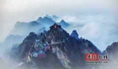 武当山古建筑摄影作品《南》被评为中国古建筑摄影大赛湖北赛区第一名
