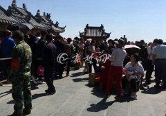 小长假首日十堰迎客近90万人 乡村游受追捧