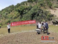 武当山特区农机安全操作技能培训进农户、到田间