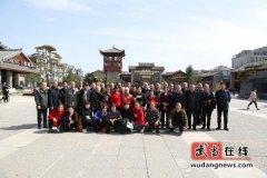 武当山供销社组织开展重阳节退休同志参观学习活动